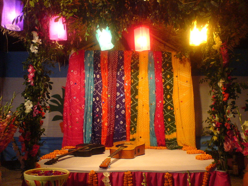 Wedding decoration bangladesh decoration bangladesh wedding stage images bangladeshi decoration holud gaye junglespirit Gallery